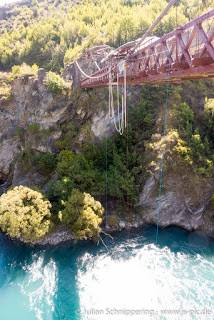 Bungy jump at a bridge