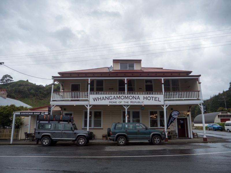 Pub in Whangamomona